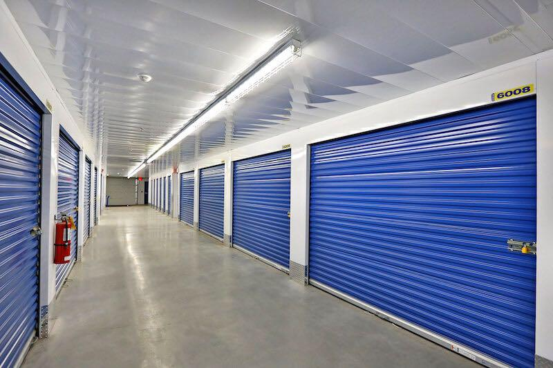 Rent Brantford storage units at 101 Wayne Gretzky Parkway. We offer a wide-range of affordable self storage units and your first 4 weeks are free!