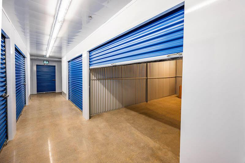 Rent Richmond Hill storage units at 555 Edward Ave. We offer a wide-range of affordable self storage units and your first 4 weeks are free!