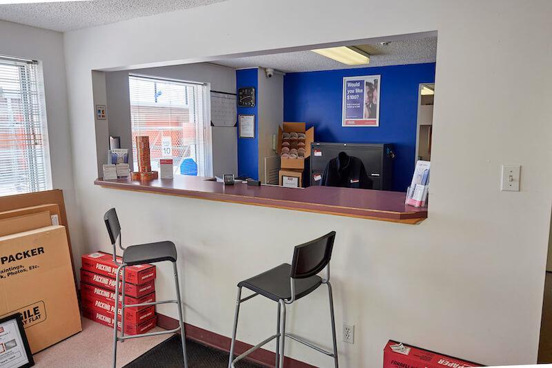 La succursale Access Storage – Calgary, située au 4810-80e avenue S.-E., a la solution d'entreposage en libre-service qu'il vous faut. Réservez dès aujourd'hui!