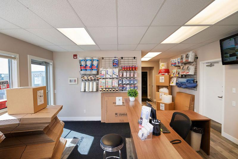 Rent Calgary storage units at 130 Commercial Ct. We offer a wide-range of affordable self storage units and your first 4 weeks are free!