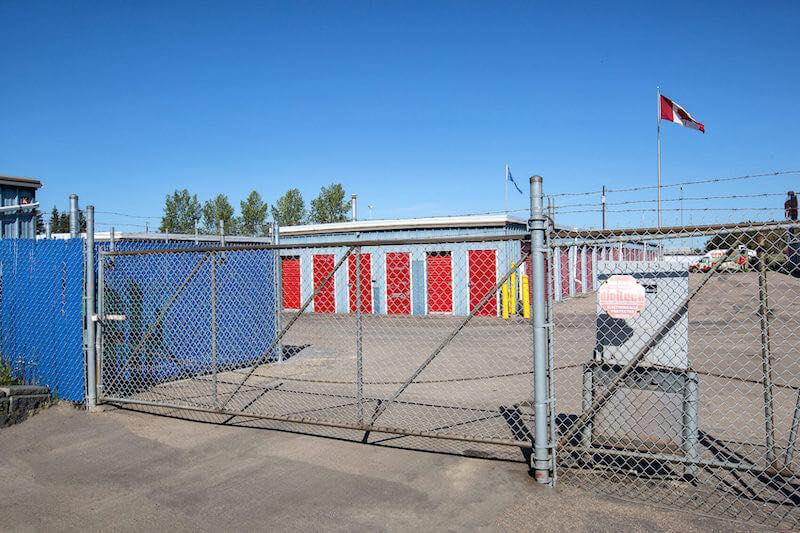 Rent Edmonton self storage units at 21010 100 Ave NW. We offer a wide-range of affordable self storage units and your first 4 weeks are free!