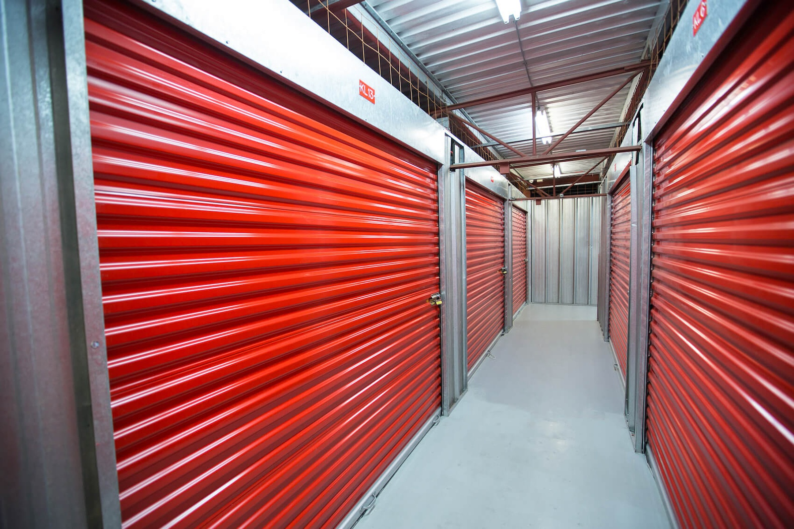 Rent Edmonton storage units at 9944 33 Ave NW. We offer a wide-range of affordable self storage units and your first 4 weeks are free!