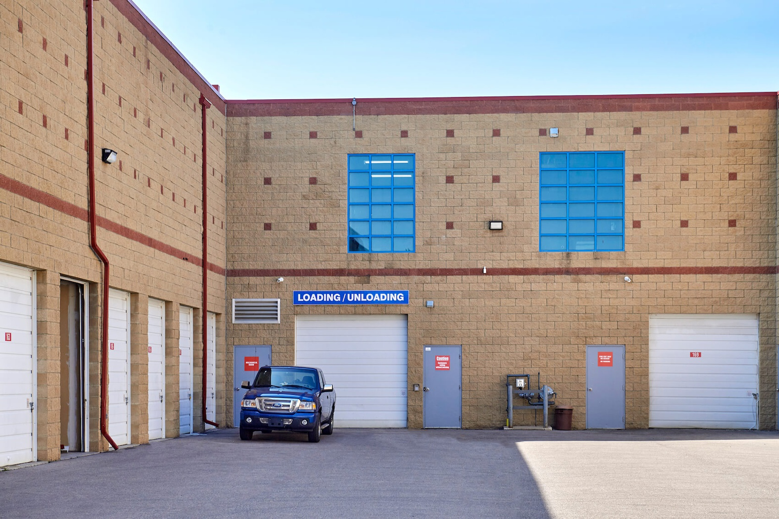 Rent Calgary McKenzie storage units at 4205 116 Avenue SE. We offer a wide-range of affordable self storage units and your first 4 weeks are free!