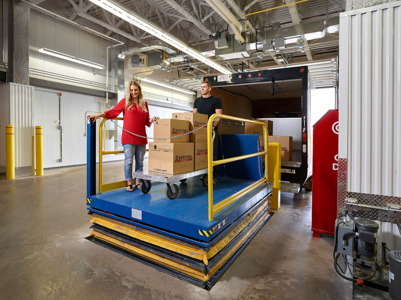 Rent Edmonton storage units at 6203 Andrews Loop Southwest. We offer a wide-range of affordable self storage units and your first 4 weeks are free!