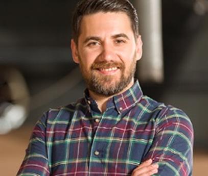 Matt Grady, Expert en déménagement